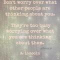 Elf tips om je niet druk te maken wat anderen van je denken
